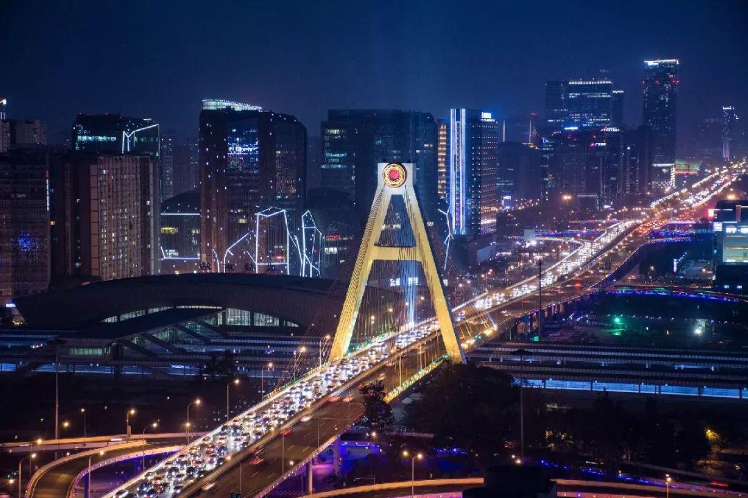 2019成都限行新政策实施后绕城高速限行吗?