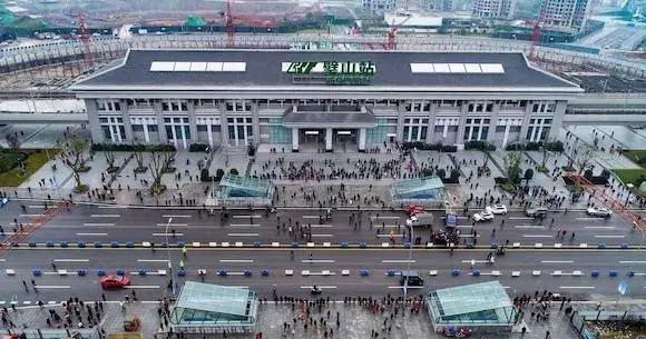 重庆1号线璧山站站点出入口分布情况