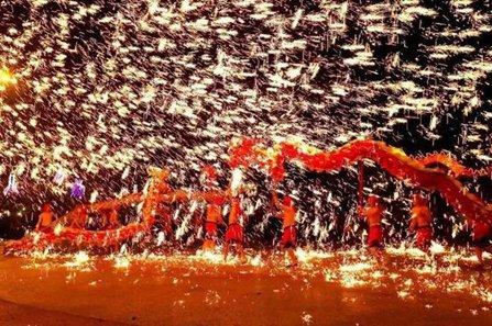 重庆铜梁火龙表演图片(最新现场图)