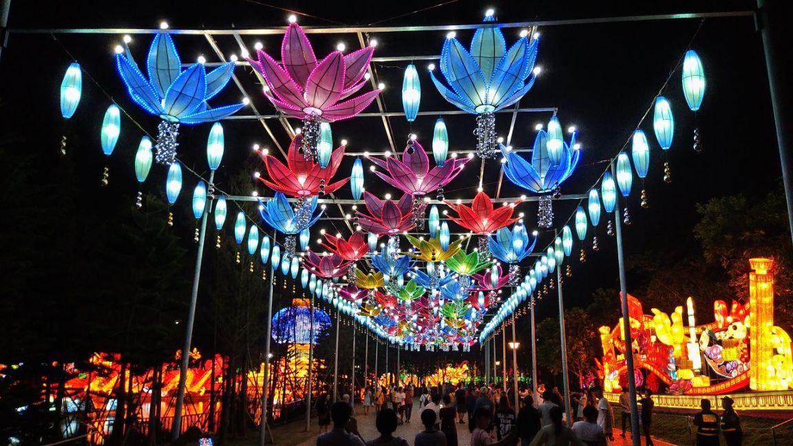 南(nan)寧(ning)青秀山燈(deng)展(時(shi)間(jian)+地點+門pai)保></a>  <em>  <span></span>  <a href=