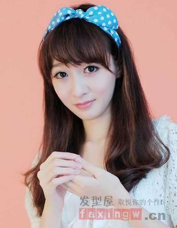 2015女生清纯中长发发型图片