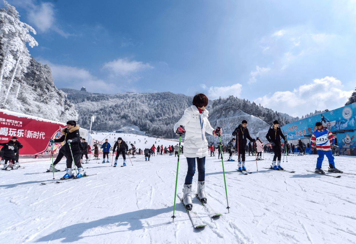 杭州臨安大明山滑雪場幾月份關門?