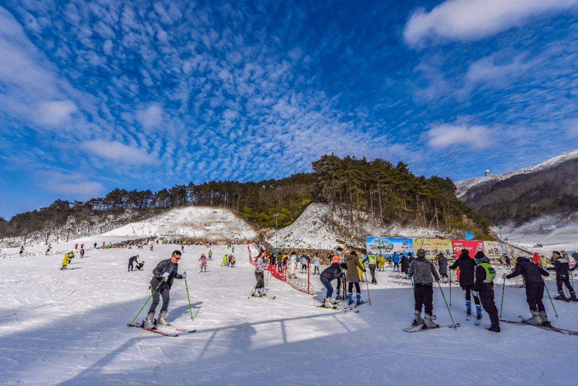 杭州大明山滑雪场滑雪装备有哪些?