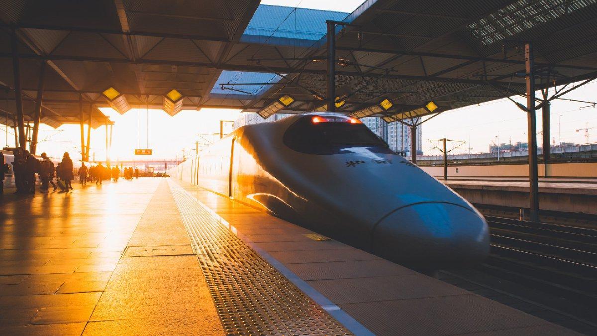 3月23日起 新葡新京金山铁路列车全面恢复正常运行