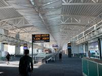 2019年11月1日广州南站、白云机场停车可
