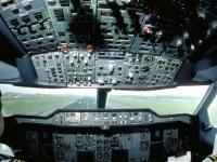 民航空管局:管制员年收入将上涨 上海等