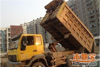 深圳城管严查泥头车偷排乱倒行为 将顶格处罚5万元