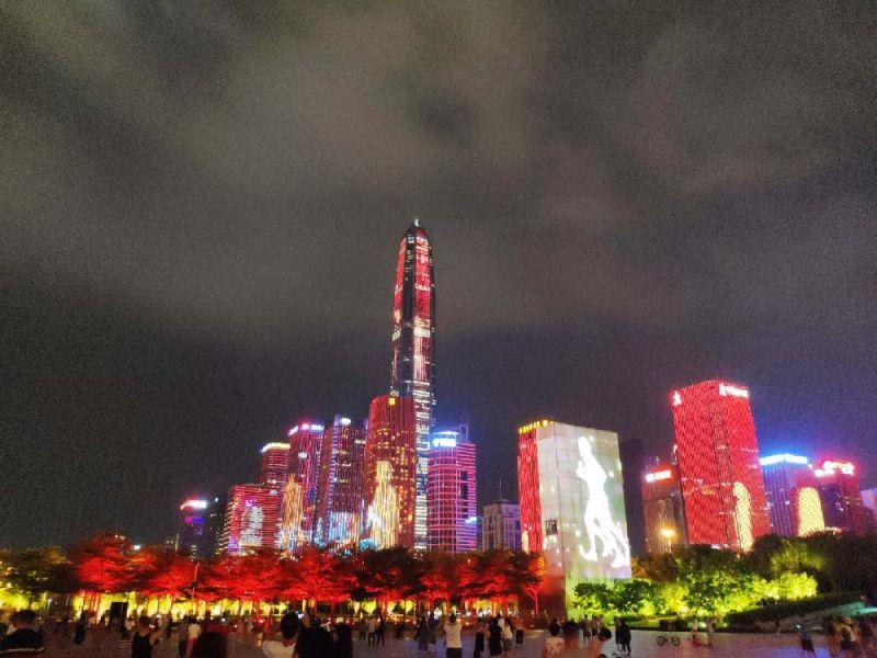 深圳灯光秀在哪个地铁站下车