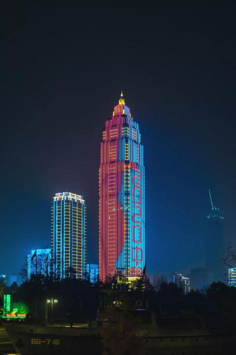 2020武汉灯光秀观赏指南(时间+地点+最佳观赏方式)